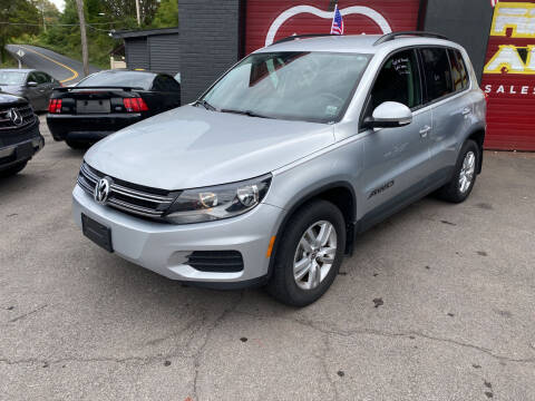 2017 Volkswagen Tiguan for sale at Apple Auto Sales Inc in Camillus NY