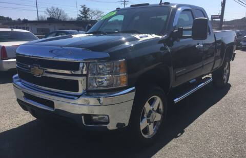 2011 Chevrolet Silverado 2500HD for sale at 222 Newbury Motors in Peabody MA