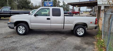 2005 Chevrolet Silverado 1500 for sale at COLLECTABLE-CARS LLC in Nacogdoches TX