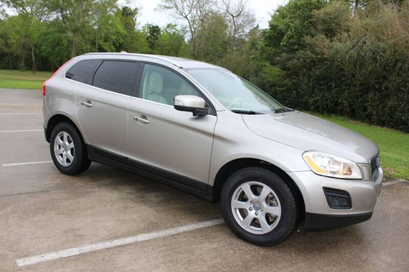 2012 Volvo XC60 for sale at Clear Lake Auto World in League City TX