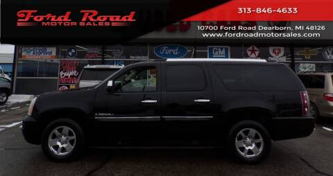 2007 GMC Yukon XL for sale at Ford Road Motor Sales in Dearborn MI