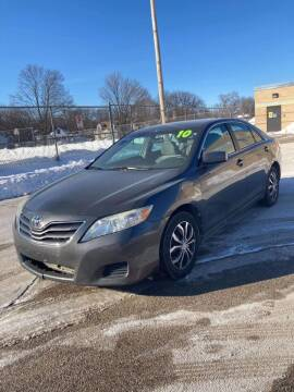 2010 Toyota Camry for sale at Square Business Automotive in Milwaukee WI