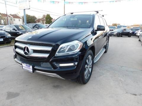 2013 Mercedes-Benz GL-Class for sale at AMD AUTO in San Antonio TX