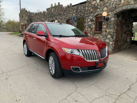 2011 Lincoln MKX for sale at Clarks Auto Sales in Connersville IN