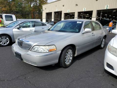 2007 Lincoln Town Car for sale at Fletcher Auto Sales in Augusta GA