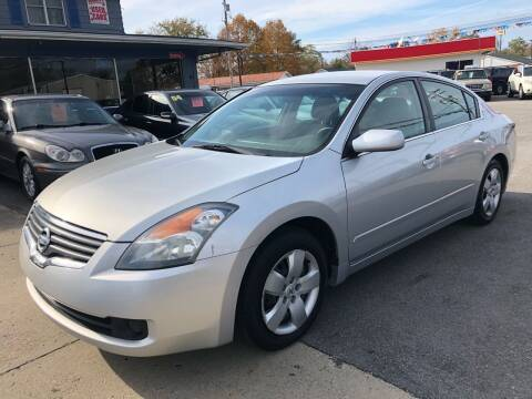 2008 Nissan Altima for sale at Wise Investments Auto Sales in Sellersburg IN