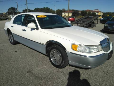 2000 Lincoln Town Car for sale at Kelly & Kelly Supermarket of Cars in Fayetteville NC