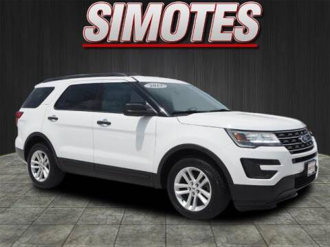 2017 Ford Explorer for sale at SIMOTES MOTORS in Minooka IL