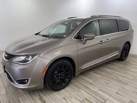 2018 Chrysler Pacifica for sale at TRAVERS GMT AUTO SALES - Traver GMT Auto Sales West in O Fallon MO