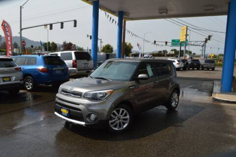 2018 Kia Soul for sale at Earnest Auto Sales in Roseburg OR