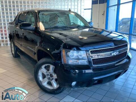 2008 Chevrolet Avalanche for sale at iAuto in Cincinnati OH