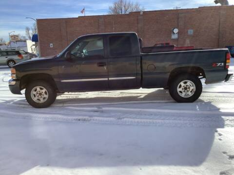 2004 GMC Sierra 1500 for sale at Paris Fisher Auto Sales Inc. in Chadron NE