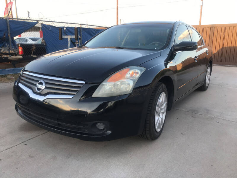 2009 Nissan Altima for sale at Town and Country Motors in Mesa AZ