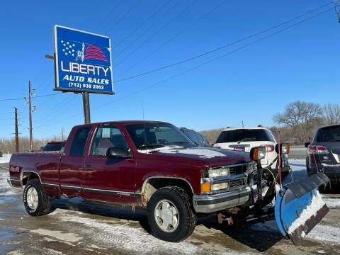 1995 Chevrolet C/K 2500 Series for sale at Liberty Auto Sales in Merrill IA