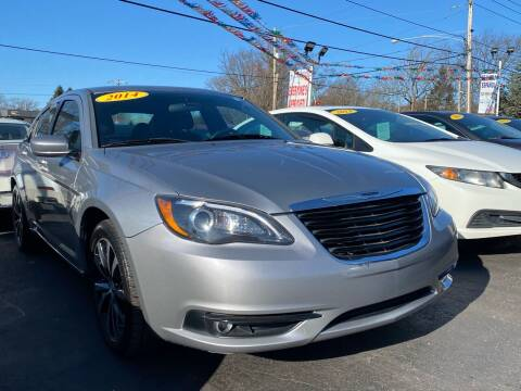2014 Chrysler 200 for sale at WOLF'S ELITE AUTOS in Wilmington DE