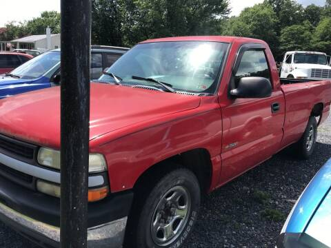 2000 Chevrolet Silverado 1500 for sale at Full Throttle Auto Sales in Woodstock VA