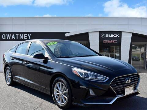 2018 Hyundai Sonata for sale at DeAndre Sells Cars in North Little Rock AR