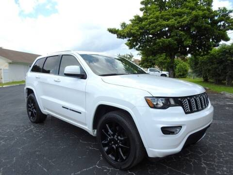 2017 Jeep Grand Cherokee for sale at SUPER DEAL MOTORS 441 in Hollywood FL