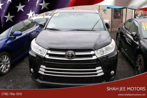 2018 Toyota Highlander for sale at Shah Jee Motors in Woodside NY