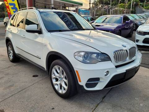 2013 BMW X5 for sale at LIBERTY AUTOLAND INC - LIBERTY AUTOLAND II INC in Queens Villiage NY