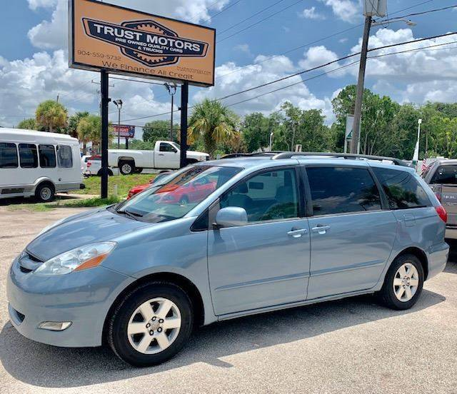 2006 Toyota Sienna for sale at Trust Motors in Jacksonville FL