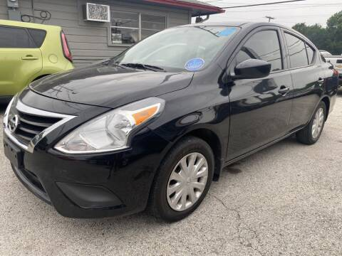 2017 Nissan Versa for sale at Pary's Auto Sales in Garland TX