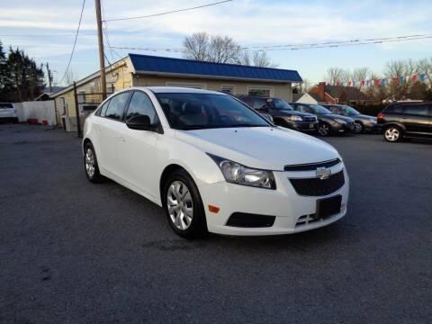 2013 Chevrolet Cruze for sale at Supermax Autos in Strasburg VA