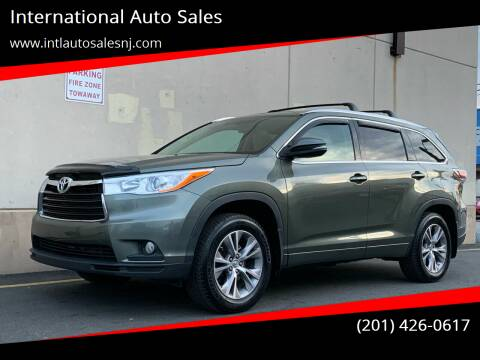 2014 Toyota Highlander for sale at International Auto Sales in Hasbrouck Heights NJ