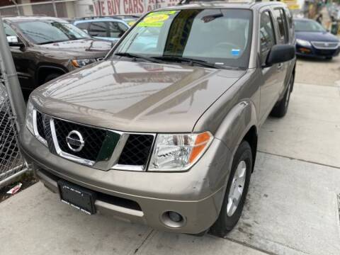 2006 Nissan Pathfinder for sale at Middle Village Motors in Middle Village NY