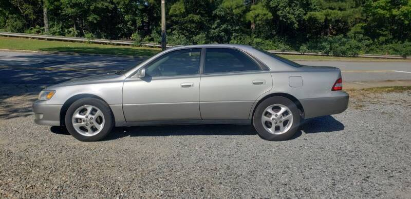 2001 Lexus ES 300 for sale at On The Road Again Auto Sales in Doraville GA