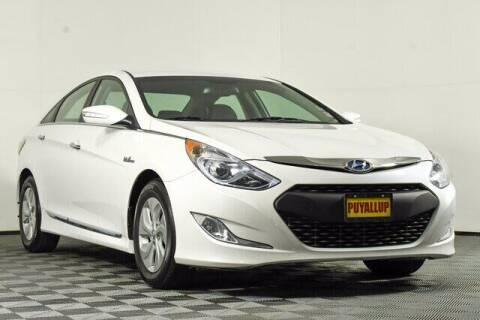 2014 Hyundai Sonata Hybrid for sale at Chevrolet Buick GMC of Puyallup in Puyallup WA