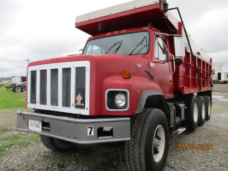 1984 International F2674 for sale at ROAD READY SALES INC in Richmond IN