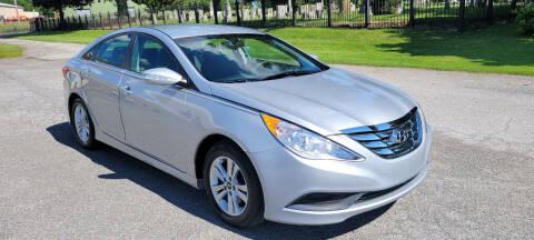 2014 Hyundai Sonata for sale at WEELZ in New Castle DE