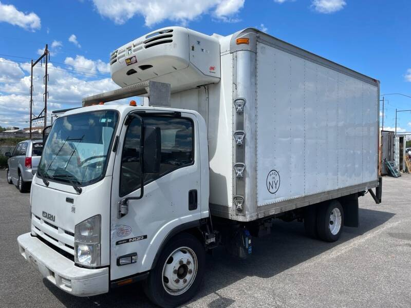 2014 Isuzu NQR for sale at State Road Truck Sales in Philadelphia PA
