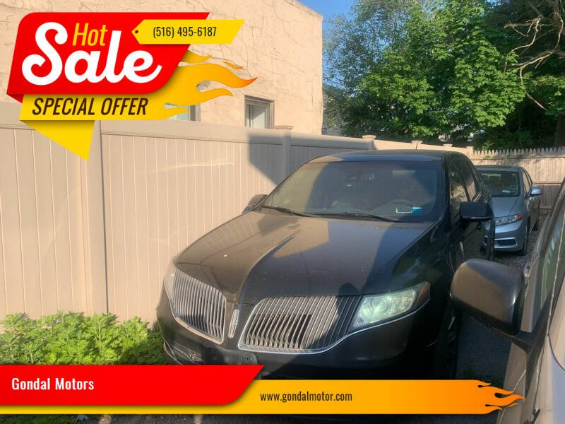 2014 Lincoln MKT Town Car for sale at Gondal Motors in West Hempstead NY