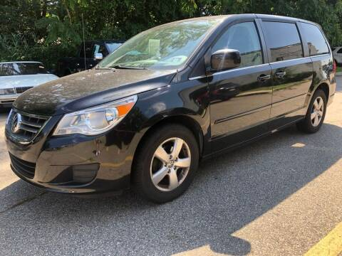 2010 Volkswagen Routan for sale at PA Auto World in Levittown PA