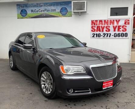 2013 Chrysler 300 for sale at Manny G Motors in San Antonio TX