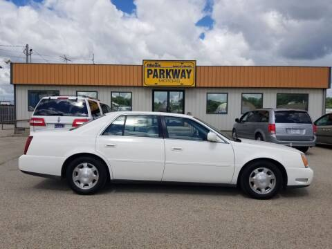 2002 Cadillac DeVille for sale at Parkway Motors in Springfield IL