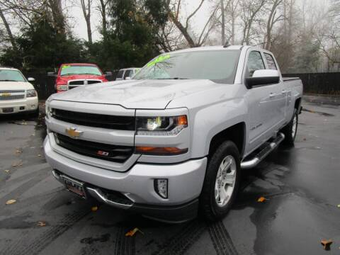 2018 Chevrolet Silverado 1500 for sale at LULAY'S CAR CONNECTION in Salem OR
