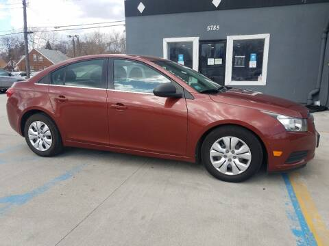 2012 Chevrolet Cruze for sale at Julian Auto Sales, Inc. in Warren MI