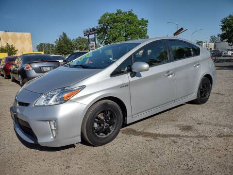 2015 Toyota Prius for sale at Larry's Auto Sales Inc. in Fresno CA