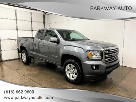 2018 GMC Canyon for sale at PARKWAY AUTO in Hudsonville MI