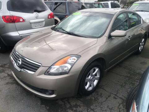 2007 Nissan Altima for sale at American Dream Motors in Everett WA