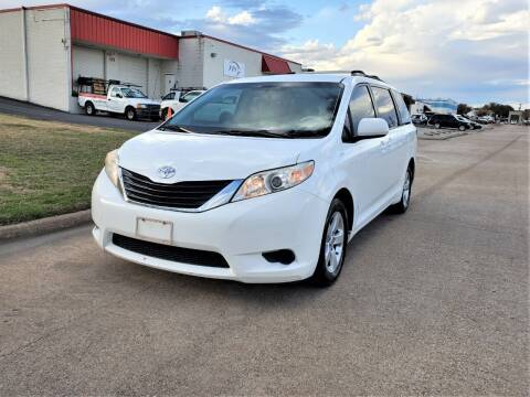 2012 Toyota Sienna for sale at Image Auto Sales in Dallas TX