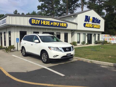 2014 Nissan Pathfinder for sale at Bi Rite Auto Sales in Seaford DE
