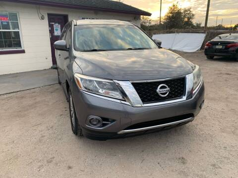 2015 Nissan Pathfinder for sale at Excellent Autos of Orlando in Orlando FL