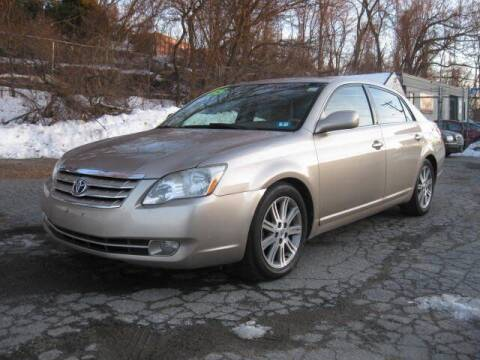 2005 Toyota Avalon for sale at Jareks Auto Sales in Lowell MA