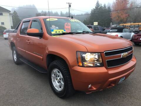 2007 Chevrolet Avalanche for sale at Freeborn Motors in Lafayette, OR