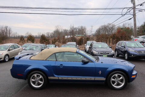 2006 Ford Mustang for sale at GEG Automotive in Gilbertsville PA