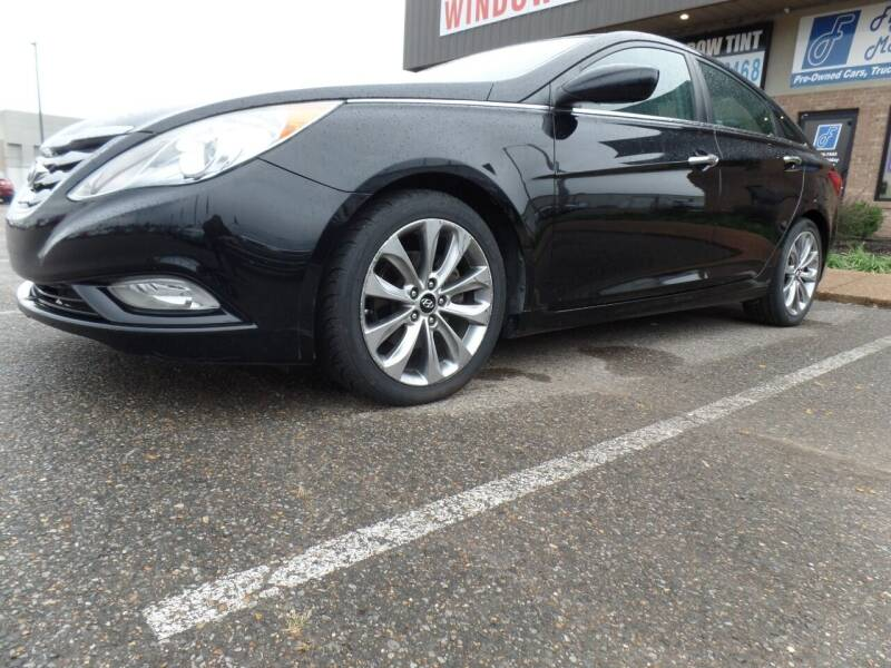 2013 Hyundai Sonata for sale at Flywheel Motors, llc. in Olive Branch MS